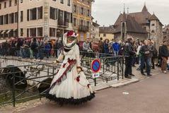 Pessoa disfarçada - carnaval Venetian 2014 de Annecy imagens de stock
