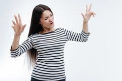 Pessoa fêmea relaxado que imagina essa dança Foto de Stock
