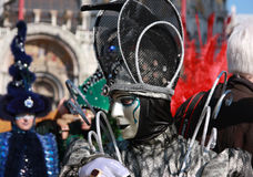 Pessoa no traje e máscara no carnaval em Veneza, Itália Fotografia de Stock