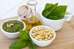 Pesto de basilic Photos libres de droits