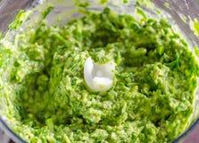 Pesto dell'aglio selvaggio immagine stock