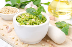 Pesto with green peas and mint, horizontal Stock Photography