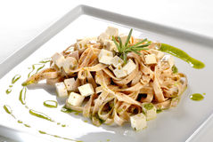 Pesto intégral de Talharim ao Photo stock
