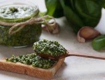 Pesto Soße Lizenzfreie Stockbilder