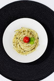Pesto spagetti Royaltyfria Bilder