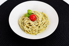 Pesto spagetti Arkivfoto