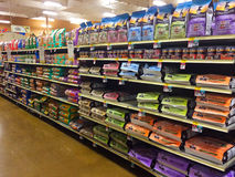 Pet Food at Petsmart Eugene, OR Stock Photo
