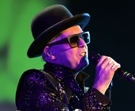 Pet Shop Boys executa no concerto fotografia de stock royalty free
