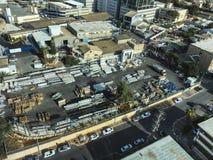 PETACH TIKVA, ИЗРАИЛЬ - 17-ОЕ АПРЕЛЯ 2018: Взгляд сверху индустриальной зоны в Petach Tikva в Израиле стоковое изображение rf