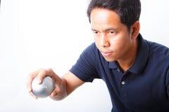 Petanque sportspelare Royaltyfri Foto
