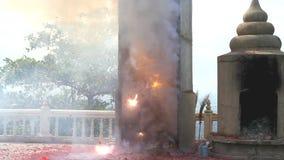 Petardos ligeros quemados almacen de metraje de vídeo