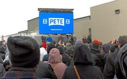 Pete Buttigieg macha plenerowy tłum w południe chyle, Indiana na Kwietniu 14, 2019 obrazy stock
