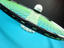 Peteca em uma raquete de badminton Imagem de Stock Royalty Free