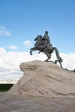 Peter Ι μνημείο στο μπλε ουρανό Άγιος-Πετρούπολη Στοκ Φωτογραφία