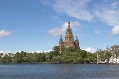 Peter και καθεδρικός ναός του Paul σε Peterhof, Ρωσία Στοκ εικόνα με δικαίωμα ελεύθερης χρήσης