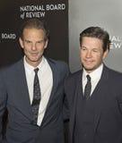 Peter Berg und Mark Wahlberg Score an der NBR-Preis-Gala Lizenzfreie Stockfotos