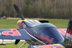 Peter Besenyei od Węgry na Airshow obraz stock