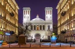 Peter e Paul Church sulla prospettiva di Nevsky immagini stock