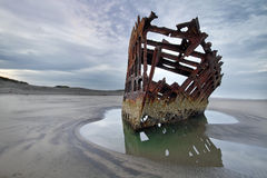 Peter Iredale no alvorecer Imagem de Stock Royalty Free