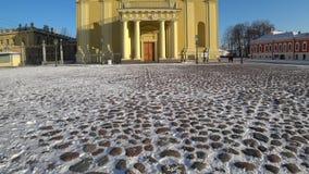 Peter och Paul fästning i vinter, St Petersburg, Ryssland arkivfilmer