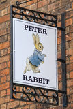Peter Rabbit Sign in Stratford-Nach-Avon in Großbritannien Stockfoto