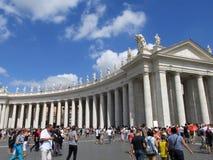 peter rome s för springbrunn för stad för bakgrundsbasilicabernini fyrkantig st vatican Arkivfoton