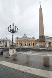 peter rome s för springbrunn för stad för bakgrundsbasilicabernini fyrkantig st vatican Royaltyfria Bilder