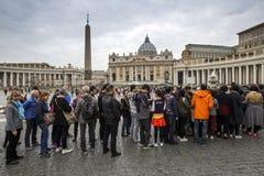 peter rome s för springbrunn för stad för bakgrundsbasilicabernini fyrkantig st vatican Arkivbild