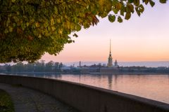 Peter-und Paul-Festung in St Petersburg stockbild
