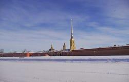Peter und Paul Fortress in St Petersburg im Winter Lizenzfreie Stockbilder