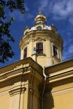 Peter-und Paul-Kathedralekontrollturm Lizenzfreie Stockbilder