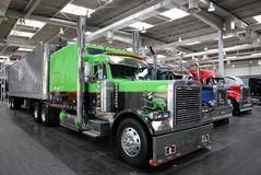 Peterbilt Showlastbil Royaltyfria Foton