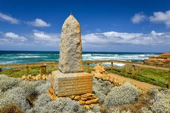 Ocean view with the James Irvine Monument, part of the Peterborough Coastal Reserve. PETERBOROUGH, AUSTRALIA - January 03, 2018: Ocean view with the James Irvine Stock Photos