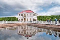 peterhof Россия рухляковый st России petrodvorets petersburg peterhof дворца Стоковые Изображения RF