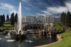 Peterhof. The Great Cascade in Peterhof bei St. Petersburg stock images
