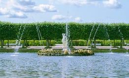 Peterhof-Brunnen Apolino lizenzfreie stockfotos