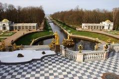 Peterhof, palácio grande de Peterhof Fotos de Stock