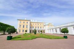 Peterhof-Palast, St Petersburg Russland Stockfotografie