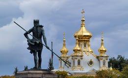 Peterhof in Rusland stock afbeeldingen