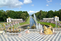 PETERHOF, RUSSIA. View of the Big cascade, Sea channel, Voronikhinsky colonnades Stock Photo