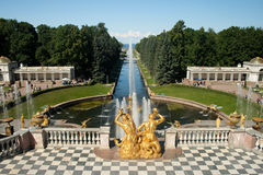 Peterhof: the Samson Fountain. Royalty Free Stock Photos
