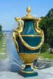 Peterhof, vase décoratif photographie stock libre de droits