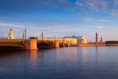 petersburg świętego widok Pałac most Neva Rzeka Zdjęcia Royalty Free