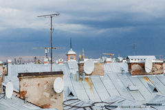 petersburg roofs sainten Arkivbilder