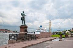 Petersburg Rosja Ivan Krusenstern rzeźba Zdjęcia Royalty Free