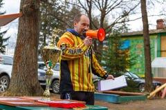 Petersburg Rosja, Kwiecień, - 24, 2016: Paintball turniej w Snaker klubie między uczniem zespala się od pięć uniwersytetów Obrazy Royalty Free