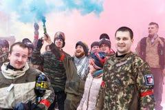 Petersburg Rosja, Luty, - 21, 2016: Dużego rocznego paintball scenariuszowy gemowy 'dzień M' w Snaker klubie Fotografia Stock