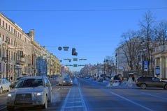 petersburg saint Nevsky utsikt i vinterdagen Royaltyfri Bild