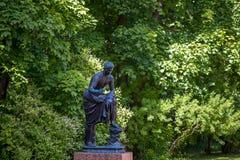 Petersburgo, Rússia - 29 de junho de 2017: Salão do palácio do ` s de Katherine na vila de Tsarskoe sculpture fotografia de stock royalty free