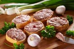Petiscos com sorte diferente da pasta da carne e de fígado Fotos de Stock Royalty Free